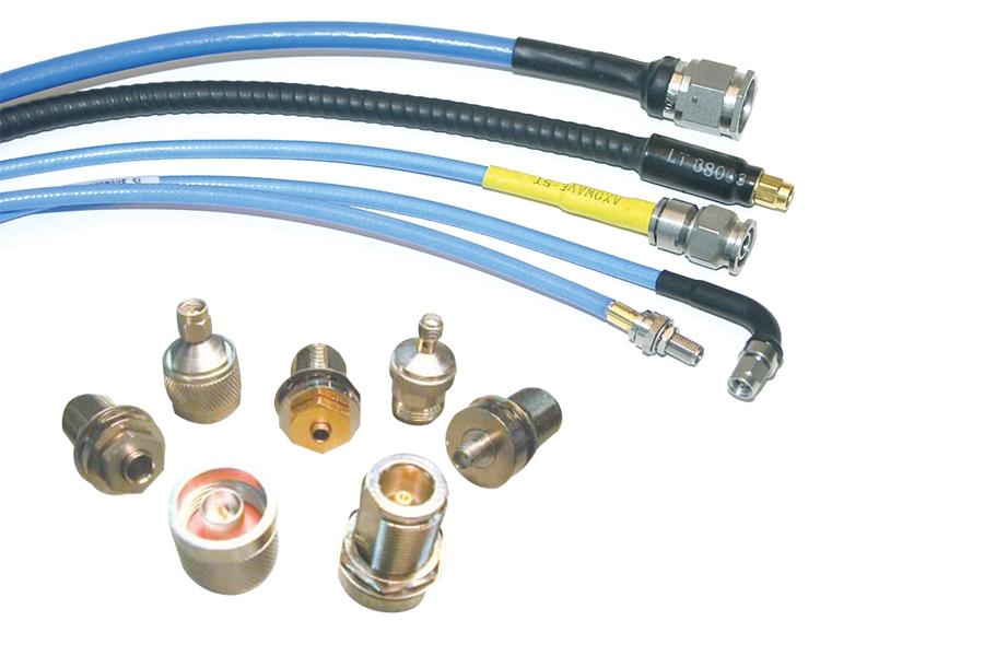 Anschlüsse und Leitungen